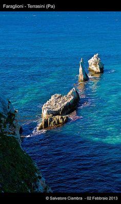 Terrasini. I Faraglioni. Sicilia