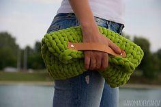 Zelená clutch kabelka