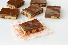 Peanut Butter-Chocolate Chip Cookie Bars