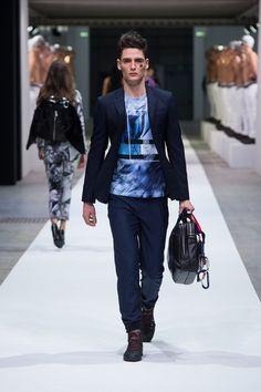 4/6 ANTWERP  Dirk Bikkemberg - Autumn/Winter 2015-16 Menswear - Milan (Vogue.co.uk)