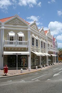 Oranjestad - Aruba Lots of beautiful jewelry in Aruba!