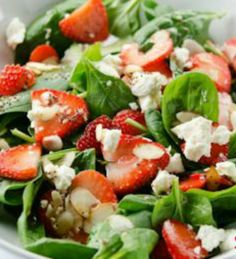 Strawberry Spinach Salad: I LOVE this recipe! It was s-o-o-o GOOD that I ate the whole thing throughout the day. I am going to make it again for my lunch this week, and add some grilled chicken. This one is definitely going to be made several times! | via @SparkPeople #food #healthy #spring #summer