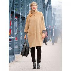 Manteau boule n°131 de Burda Style Novembre 2013