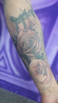 Chris Bezencon, New Zealand tattoo Tattoo Sleeves, Sleeve Tattoos, New Zealand Tattoo, Beautiful Body, Body Art, Nice Body, Body Mods, Arm Tattoos, Arm Tattoo
