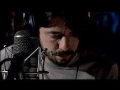 Dave Grohl - Times Like These (Acoustic) - YouTube
