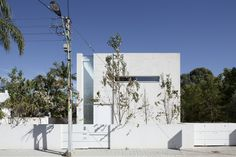 Built by Axelrod Architects,Pitsou Kedem Architects in Tel Aviv, Israel with date 2011. Images by Amit Geron. Appearing to effortlessly float above the ground, the G House advances the firm's residential design beyond a purely ...
