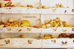 Pane lavorato in esposizione commerciale