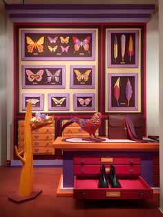 "Hermes, ""Curiosity Cabinet Birds of a Feather"", pinned by Ton van der Veer"