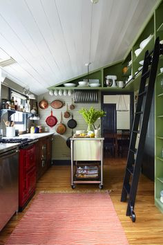 Kitchen islands on wheels, this noe: farmhouse kitchen by Tim Cuppett Architects