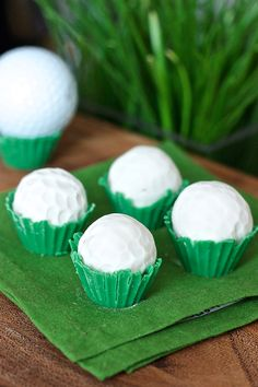 Golf Ball Cake Truffles--perfect treat for your favorite golfer!