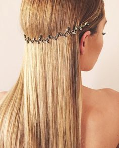 Where to get Lauren Conrad's perfect bridal hair accessory.