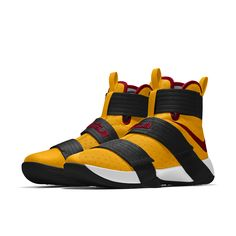 Lebrons Shoes, Kyrie Irving Shoes, Soldier 10, Blue Basketball Shoes, Ankle Sneakers, Sneaker Games, Hype Shoes, Shoe Gallery, Kinds Of Shoes