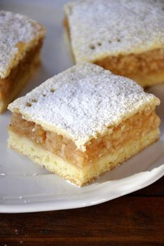 Végre itt az almáspite-szezon! | NLCafé Hungarian Desserts, Hungarian Cuisine, Hungarian Recipes, Homemade Sweets, Homemade Cakes, Cookie Recipes, Dessert Recipes, Sweet And Salty, Biscuits