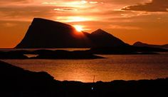 Midnight sun in Troms, Norway - Photo: Kurt Nilsen