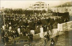 İZMİR 1930  Bugünkü KORDON ORDU EVI'nin yerinde olan ŞEHIR GAZINOSU.