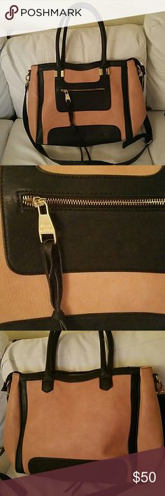 """Steve Madden bag Great condition SM bag. Great for large tote or """"brief case"""" Steve Madden Bags Totes"""