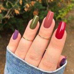 Acrylic Nail Tips, Cute Acrylic Nails, Acrylic Nail Designs, Cute Nails, Almond Acrylic Nails, Stylish Nails, Trendy Nails, Nail Paint Shades, Nail Art Printer