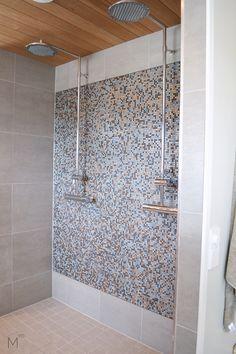 Scandinavian bathroom with two showers, mosaic tiles and warm colors. Interior design by Marika Ritala-Mäkinen (Tampere, Finland)  #scandinavian #bathroom #mosaic #tiles #warm #colors #showers #greytiles