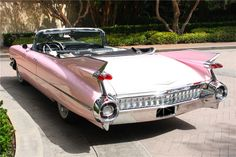 1959 CADILLAC SERIES 62 CONVERTIBLE - Rear 3/4 - 197080