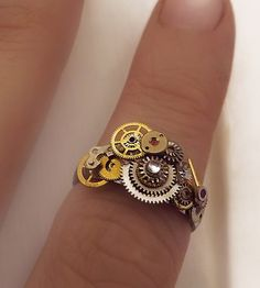 'Steampunk elegance'  Little steampunk watchgear ring
