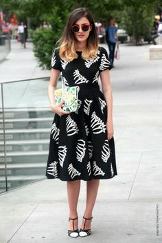 Ele looking amazing in Paris (how cool is that dress?!). @Camille Blais Eleonora Carisi