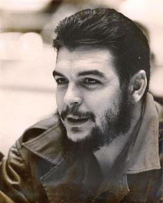 """""""El conocimiento nos hace responsables."""" ― Che Guevara #Recordando"""