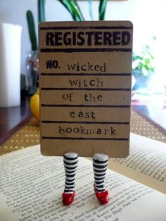 Clever bookmark craft