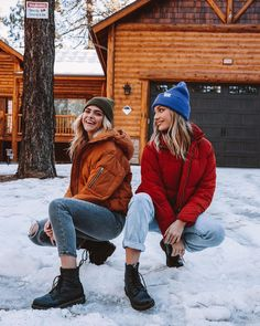Maddie Ziegler and Summer Mckeen - photoshoot - Fall Outfit Snow Pictures, Bff Pictures, Best Friend Pictures, Friend Photos, Winter Dresses, Winter Outfits, Cold Weather Outfits, Photos Bff, Casual Chique
