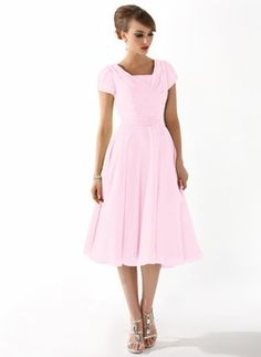 A-Line/Princess Square Neckline Knee-Length Chiffon Mother of the Bride Dress With Ruffle Beading (008005918)