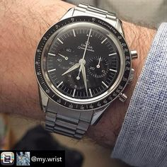 REPOST!!!  Lovely #speedmaster here! ---------------- Repost from @my.wrist #omega #omegaspeedmaster #firstomegainspace #fois #chronograph #2998 #ck2998 #wristwatch #wristcheck #wristshot #watchesofinstagram #wristcandy #mechanicalwatch #hodinkee #watchfam #watchcollector #watch #watches  #watchaddict #wristie #instawatch #watchesofig #watchesofinstagram #watchoftheday #swissmade #swisswatch  repost | credit: ID @1010_watch_club (Instagram)