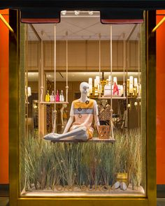 Discover recipes, home ideas, style inspiration and other ideas to try. Spring Window Display, Fashion Window Display, Window Display Design, Store Window Displays, Boutique Interior, Boutique Decor, Clothing Store Design, Visual Merchandising Displays, Showroom Design