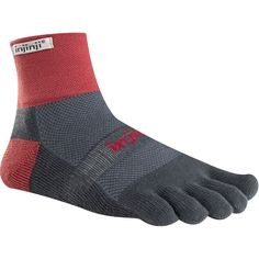 Cushion the shock of long runs and adventure races on uneven trails. These toesocks have an extra layer of padding under your feet. The 5 Toe Fit System and Coolmax fabric deliver a combination of natural toe splay, blister prevention and moisture management.