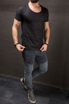 Great fitted shirt. a real head tuner, a true show-stopper PLEASE USE THE SIZE CHART TO PICK THE CORRECT SIZE FOR YOU. -HIGH QUALITY MATERIAL -100% COTTON -BODY/SLIM/ MUSCLE FIT FITTED