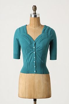 love the neckline. Maybe I could convert this to knitting.