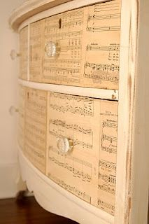 DIY Music sheet dresser ~ Cool!