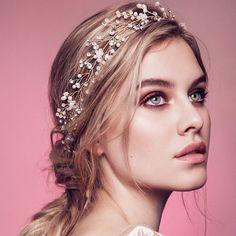 12 Drop Dead Gorgeous Bridal Headpieces | Intimate Weddings - Small Wedding Blog - DIY Wedding Ideas for Small and Intimate Weddings - Real Small Weddings