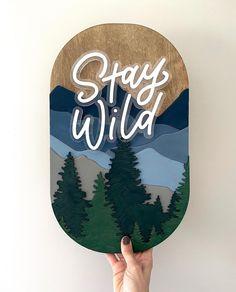Wood Laser Ideas, Laser Cut Wood, Hand Embroidery Art, Home Decor Signs, Dremel, Diy Woodworking, Craft Fairs, Wood Art, Laser Engraving