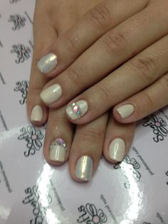 Somfis nails!!!!! Go to www.somfisnails.com