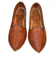 A mano Mojari / Jooti per uomo Leather xdesign di FeelOfIndia, $31.00