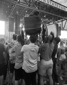 Concertgoers help a fellow fan get a better view of Weezer at the North Dakota State Fair. Weezer, Real Hero, North Dakota, Nice View, Beauty Hacks, Concert, Pictures, Travel, Skin Care