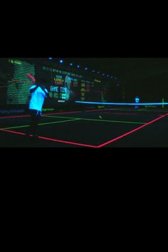 This is a dream of mine!!!! Glow in the dark tennis funnn!!!!!! http://www.centroreservas.com/