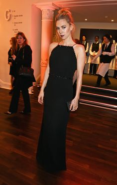 Vanessa Kirby's Red Carpet Moments Prove She's Fashion Royalty Jessica Brown Findlay, Marchesa Gowns, Vanessa Kirby, Tv Girls, Versace Dress, Embellished Gown, Column Dress, Nicole Kidman, Celebs