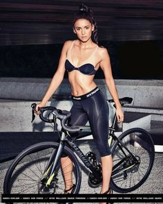 Nina Dobrev photographed by Eric Ray Davidson for Mens Health Magazine Bicycle Women, Bicycle Girl, Female Cyclist, Cycling Girls, Bike Style, Biker Girl, Sport Girl, Models, Hot Girls
