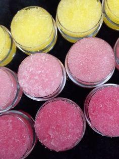 Lip Gloss Homemade, Homemade Body Butter, Diy Lip Gloss, Lip Scrub Homemade, Diy Scrub, Lavender Soap, Lip Oil, Organic Coconut Oil, Trends