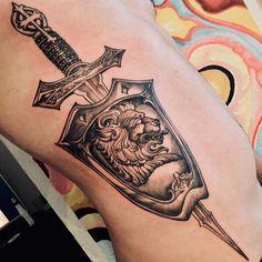 101 Amazing Shield Tattoo Ideas That Will Blow Your Mind! Armor Of God Tattoo, Shield Tattoo, Sword Tattoo, Family Tattoo Designs, Old School Tattoo Designs, Tattoo Designs Men, Tattoo Hurt, Arm Tattoo, Sleeve Tattoos