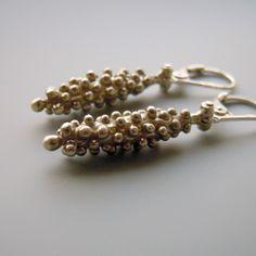 Klásky+::ag925::+Náušnice+ze+stříbra+ryzosti+925/1000.+Označeny+výrobní+a+ryzostní+značkou.Autorský+šperk.+rozměr+41+x+6+mm+materiál+-+stříbro+925/1000+váha+jedné+náušnice+-+3,2+g Christmas Wishes, Bracelets, Jewellery, Fashion, Bangle Bracelets, Moda, Jewels, Jewelry Shop, Fashion Styles