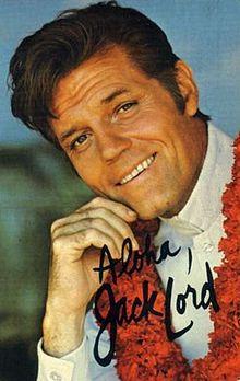 Jack Lord (* 30. Dezember 1920 in New York City, New York; † 21. Januar 1998 in Honolulu, Hawaii; eigentlich John Joseph Patrick Ryan) war ein US-amerikanischer Film- und Theaterschauspieler sowie Filmregisseur und Filmproduzent. . Seine bekannteste Filmrolle bekam Lord 1962 offeriert. In James Bond jagt Dr. No, dem ersten Bond-Film überhaupt, verkörperte er den CIA-Agenten Felix Leiter.