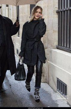 nice Rosie Huntington-Whiteley Isabel Marant Fall  Show During Paris Fashion Week    Style Look