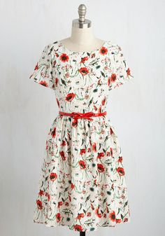 The confidence you embody in this floral dress makes you feel like you can do anything. And, you can! Poised in the painterly, poppy red and sage green print, the glossy, bow-adorned belt, and the scoop back of this ivory frock, you're ready to ask your sweetie that special something.