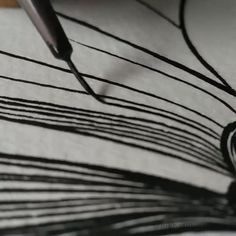 Acrylic Painting Tips, Sketch Painting, Mural Painting, Watercolor Paintings, Pattern Illustration, Watercolor Illustration, Nose Drawing Easy, Doodle Art Designs, Trending Art